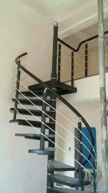 旋转中柱钢木楼梯