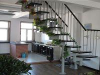缩颈楼梯安装方法